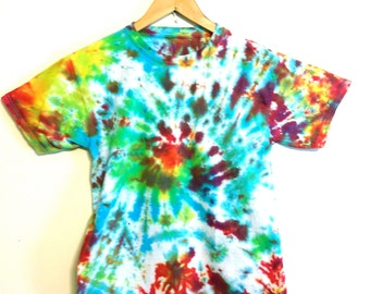 Vintage 90s Tie Dye T-Shirt Cotton Bright Rainbow Colors Short Sleeve Dead Head Hippie Trippy Spiral Festival Tee Shirt Youth Size Small