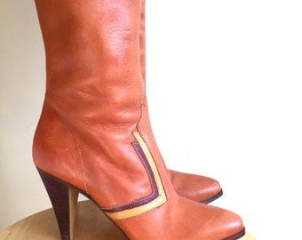 Tall Leather tri-color Heeled Boot // Size 7 1/2 // Vintage