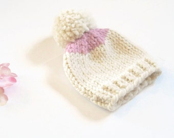 Newborn Baby Hat//Hand Knit Baby Hat//Hand Knitted Baby Hat//Baby Girl Hat//Baby Winter Hat//Newborn Cap//Baby Shower Gift