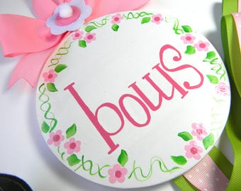 Hair Bow Holder-Round Hand Painted Hair Bow Holder- Bow Holder-Script bow holder-personalized bow holder- name bow holder