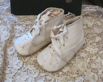 Antique Leather Infant Child Shoes Boots Booties  (09A)