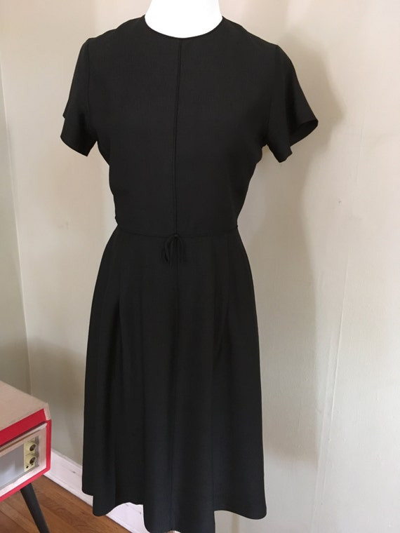 Classic 1950s Black Short Sleeve Fully Lined Dress-S