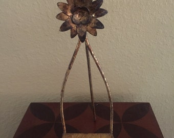 Small italian easel for displaying art or plate