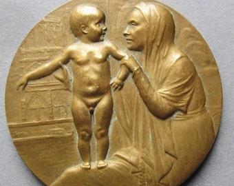 On Sale Madonna And Child Antique French Bronze Religious Art Medal By Charles Perron Les Parisiens De Paris Dated 1930