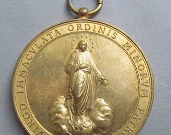 On Sale Virgin Mary Antique Religious Medal Blessed Martyrs Agathangeli And Cassiani Capuchin Pendant  SS282