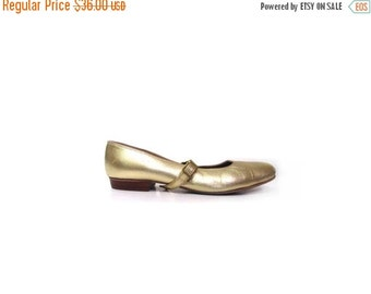 BTS SALE Vintage 80s GOLD Distressed Leather Mary Jane Ballet Flats women 6.5 preppy indie hipster low heels