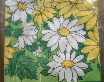 Retro 1970's Daisy Paper Tablecover Party Pack, with Napkins and Plates, Green, Yellow,  NEW, Tablecloth,  Table Decor
