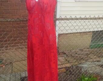 nightgown / victorias secret lingerie / velvet burnout / red / poly / off center vent / 38 bust / 54 length / savannahwillow