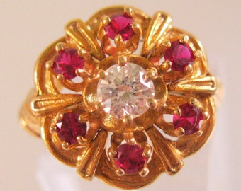 Vintage 18k Ruby & .3ct Diamond Cluster Ring Size 5.5 Fine Jewelry Jewellery