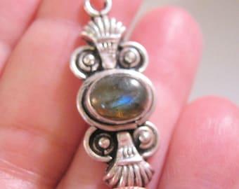 Aztec Designed Labradorite Sterling Silver Pendant Vintage Jewelry Jewellery