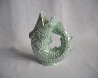 Fish Vase / Mother of Pearl
