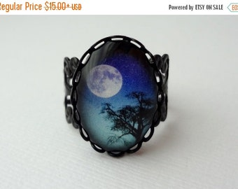 SALE Blue Ombre Full Moon Filigree Statement Ring