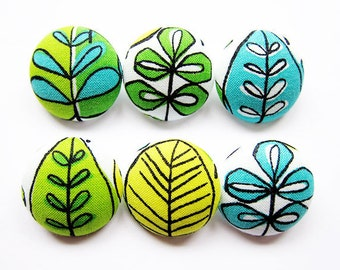 Sewing Buttons / Fabric Buttons - Leaves - 6 Large Fabric Buttons Set