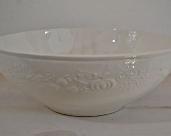 Large Porcelain Fruit Bowl - French Porcelain, Sarreguemines 1920-1950