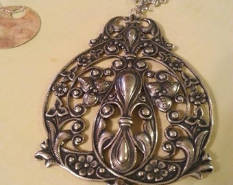 Silver Wire Wrapped Filigree Pendant Necklace, Lagenlook, Boho Necklace