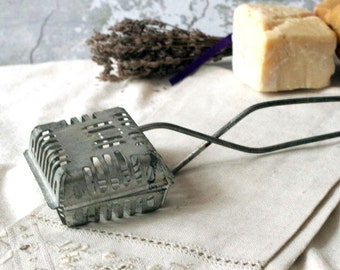 Antique Wire Soap Saver - Hanging metal cage for Soap - Depression Era