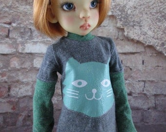 Grey and Greens Kitty Kat Long Sleeve Shirt for Maurice, Layla, Talyssa by Kaye Wiggs and other MSD BJD