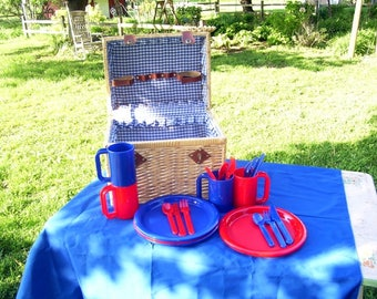 Wicker Picnic Basket with Red and Blue Plastic Dishes and Silverware, Camping Set, Large Picnic Hamper, Trailer Set, Outdoor Place Setting