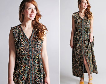 Vintage 1970s Psychedelic Maxi Dress - Embroidered Sequins Bold Black Multi Color 70s 60s Boho Bohemian Hippie Women's Long - Size Large
