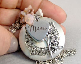 Pink Flowers For Mom,Mom Necklace,Jewelry for Mom,Mothers Day,Mom Locket,Mom Jewelry,Mom Necklace,Mother,Flower Jewelry,Flower Garden