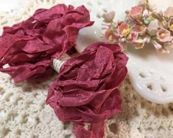 Shabby Rouge Crinkled Seam Binding Trim