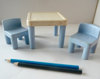 Little Tikes Miniature Table and Chairs for Dollhouse