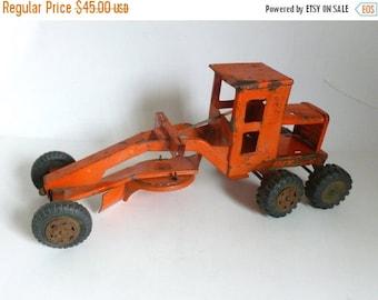 "Mid Century MARX Orange Pressed Steel Construction Road Grader 16.75"" long"
