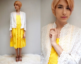 White Eyelet Cotton Shrug  //  Eyelet Lace Jacket  //  70s Cropped Jacket  //  THE IMAGENE