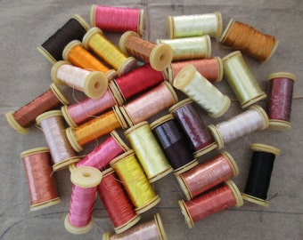 rayon thread - 32 spools, used and new, 40 wt, snap