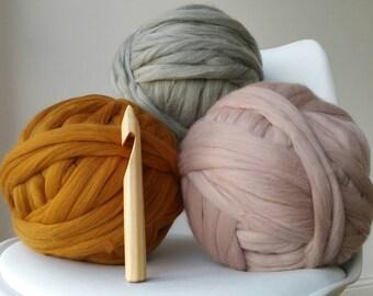 Giant crochet hook size 50 25mm diameter for chunky crochet arm knitting chunky knitting needles