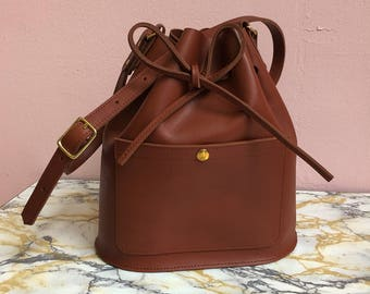 Cognac brown Leather bucket bag, leather bag, Brown leather bag, shoulderbag, women's bag