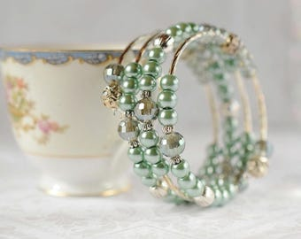 Silver & Soft Green Bracelet Mint Green Pearl Bracelet Memory Wire Bohemian Glamour Crystal Bridesmaid Gift Wedding Jewelry Bridal Bracelet