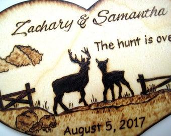 Deer Wedding Cake Topper -Deer Hunting, Buck and Doe, Country, Wood Heart, Silhouette, Rustic Tree, Camo Wedding Gifts for Couple, Custom
