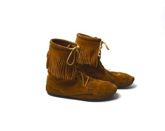 Minnetonka Moccasin Boots with Leather Fringe, Size 8, Moccasin Booties,