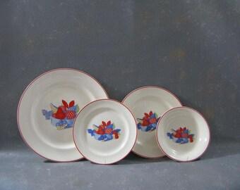 Vintage Dishes Calico Fruit, bowl, plates, set, Camwood, USA, universal, blue red