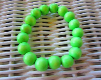 287  Womens 10mm lime green wood bracelet-Mens 10mm lime green wood bracelet-10mm lime green wood handmade beaded bracelet