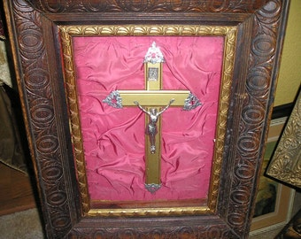 Vintage Religious Shadow Box/Prayer Altar w/Crucifix/Cross.Framed Devotional Wall Art.