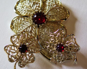 VTG Pin & Clip On Earring Set Gold Tone Flowers w/Red Cabochons Signed EMMONS