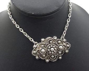 Sarah Coventry Canada Silver tone Necklace mint condition