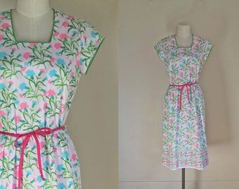 vintage 1960s novelty print dress - VESTED GENTRESS carnation dress / S/M