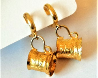 c.1980s German Beer Stein Earrings... Novelty Souvenir