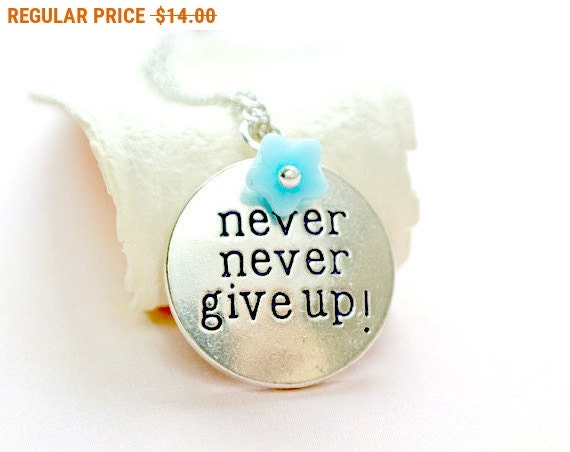 Never give up Necklace, Disc Necklace