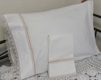 Vintage Penny's Penco Embroidered Red Yellow Green and Tatted Cotton Pillowcase Set Pair