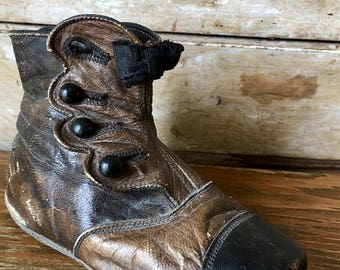 Vintage Victorian Childs Black/Brown Button Ankel Boot Very Old Adorable Used for Display