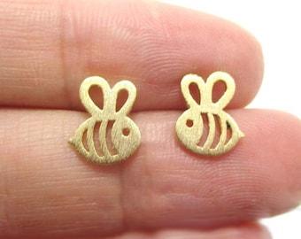 Bee Jewelry, Bee Stud Earrings, Gold Or Silver Queen Bee Bumble Bee Post Earrings, Bee Charm Post Earrings, Bee Lover Jewelry, Gift under 20