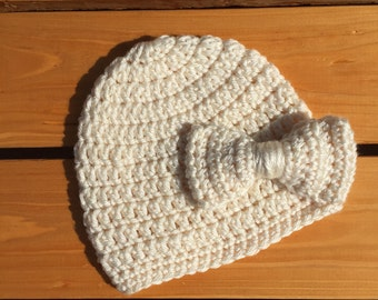 Crochet Baby Beanie w/Bow
