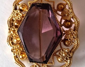 Brooch Vintage Purple Rhinestone Gold Tone Setting