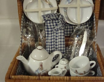 Reutters  Porzellan Beatrix Potter Tea Set