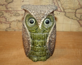 Ceramic Owl Bank - Lugene's Japan - item #2282