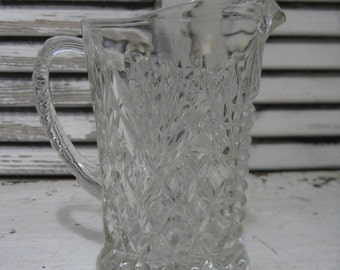 anchor hocking cream pitcher pineapple pattern